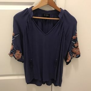 Jessica Simpson Blouse Floral Embroidery sleeves